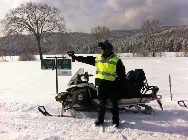 Vermont Snowmobile Laws   VAST